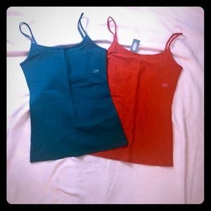 2-NWT Sz M tank tops Maurices